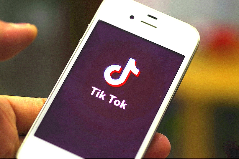 TikTok mobilní aplikace